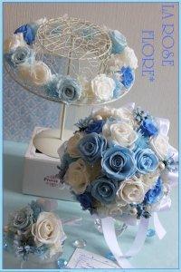 白x水色のシンデレラのラウンドブーケ&花冠&ブートニアのセット
