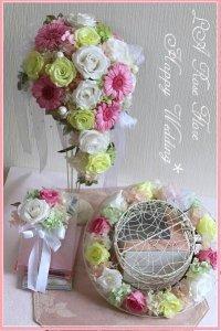 白xピンクxグリーンのティアドロップブーケ&花冠&ブートニアのセット