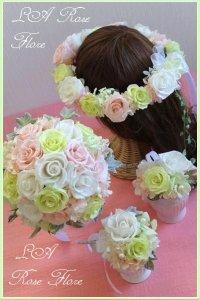 白xピンクx緑のラウンドブーケ&花冠&ブートニア