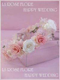 白x淡いピンクの花冠