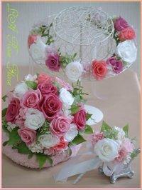 白xピンクのナチュラルラウンドブーケ&花冠のセット