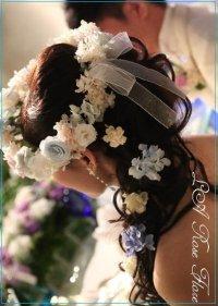 白xサムスィングブルーxフレンチマリアンヌの花冠
