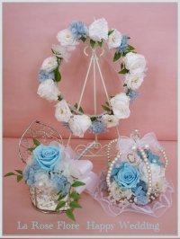 白xサムスィングブルーの花冠&リングピロー&ブートニア
