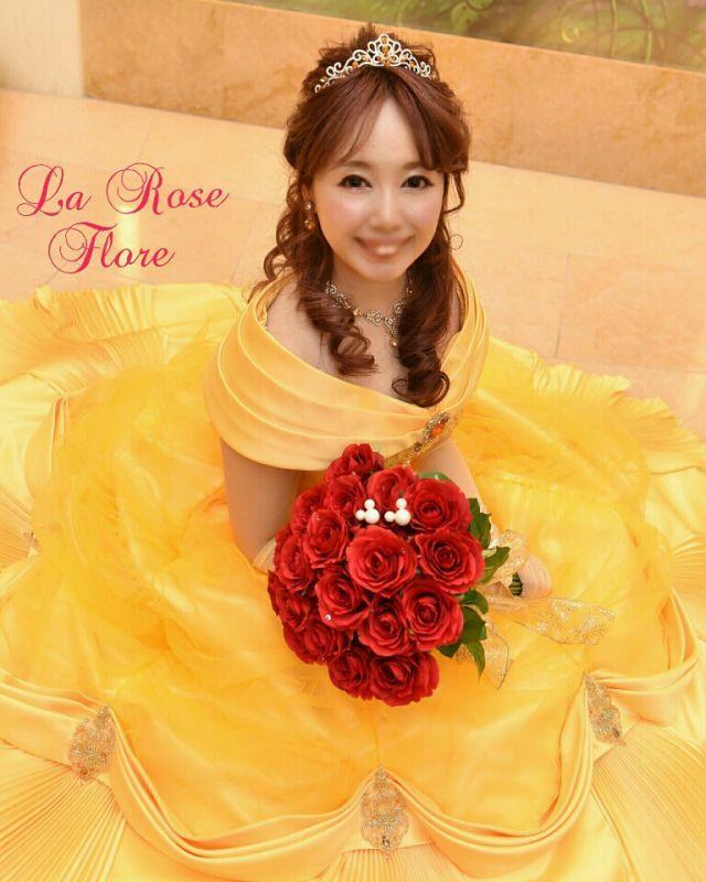 画像1: 美女と野獣の赤バラのクラッチブーケ
